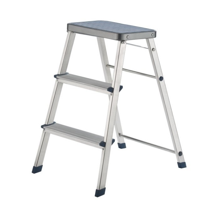Escalera de aluminio con 3 escalones